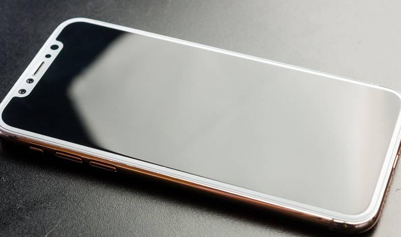 iPhone 8 Cheltuieli Mari Ciuda Intarzierii