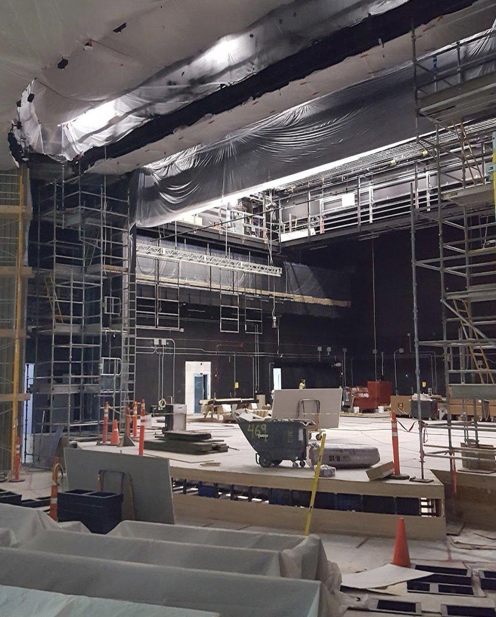 iPhone 8 Primele Imagini Amfiteatrul Steve Jobs 1