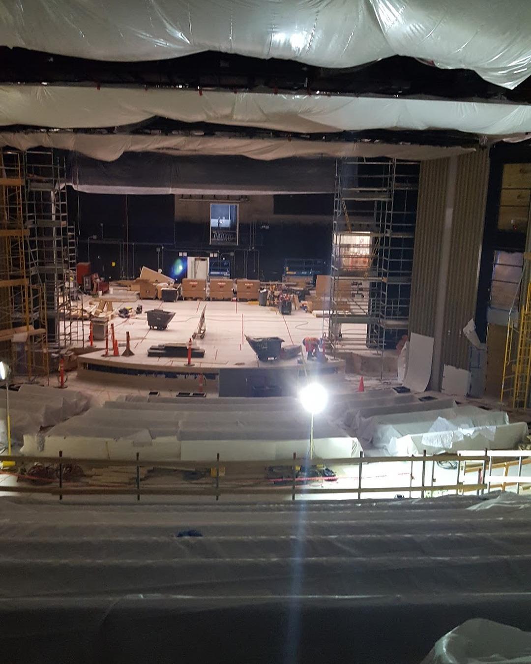 iPhone 8 Primele Imagini Amfiteatrul Steve Jobs 3