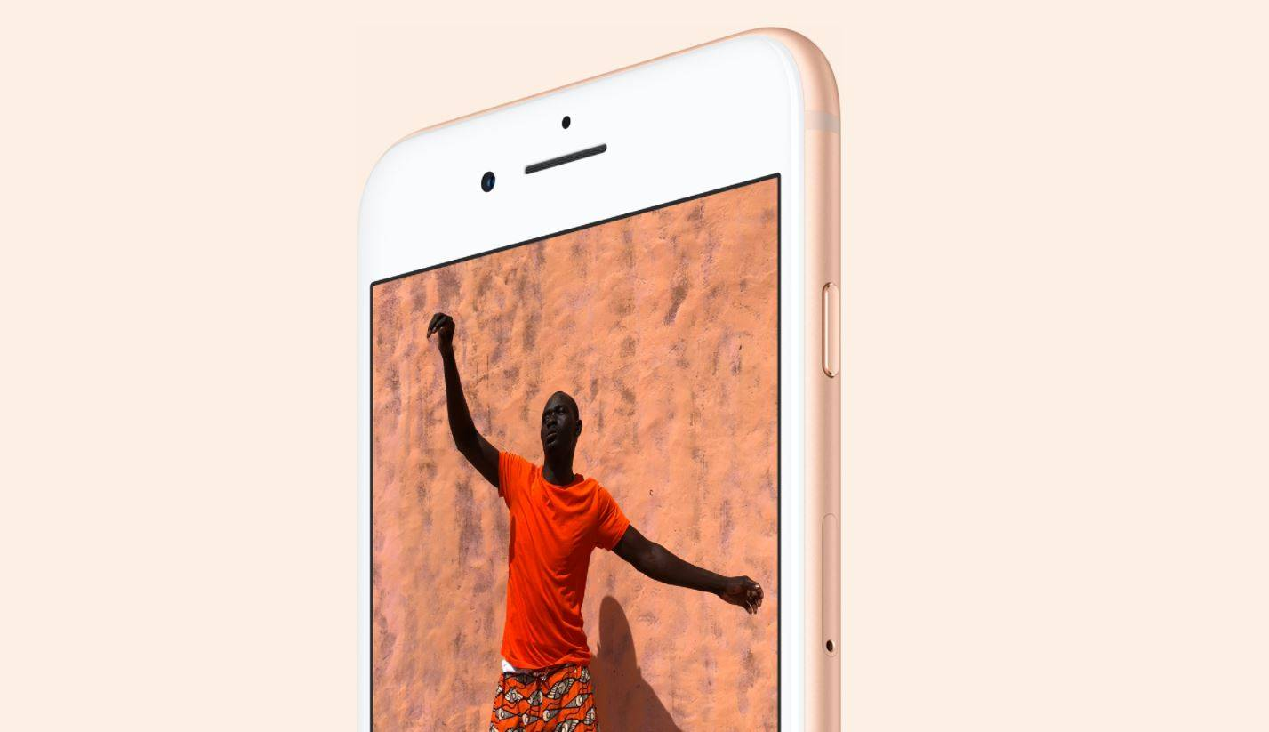 iPhone 8 Surprinzator Rezistent