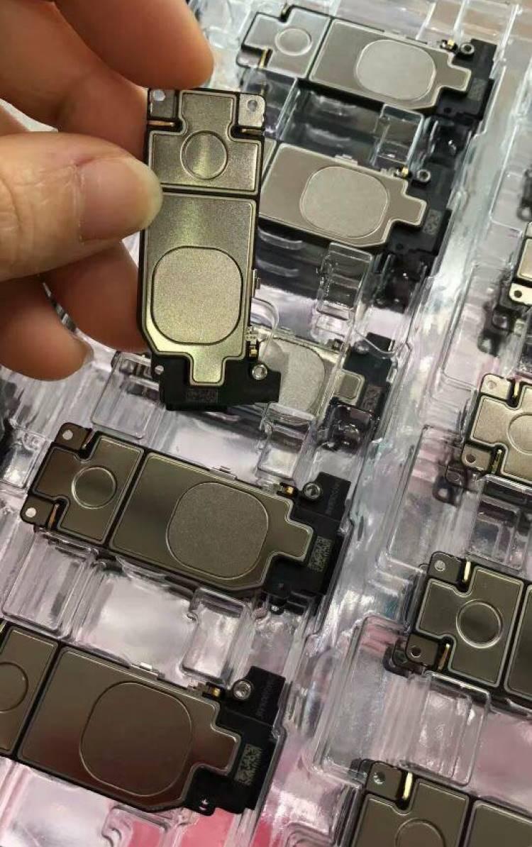 iPhone 8 componente carcasa imagini 1