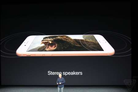 iPhone 8 difuzoare stereo