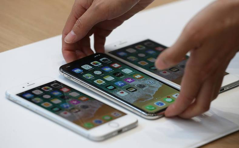 iPhone 8 iPhone X Difuzoare Bune