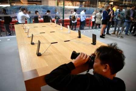 iPhone 8 lansare trista entuziasm 3