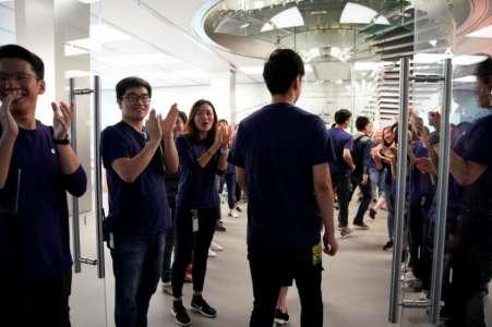 iPhone 8 lansare trista entuziasm 4