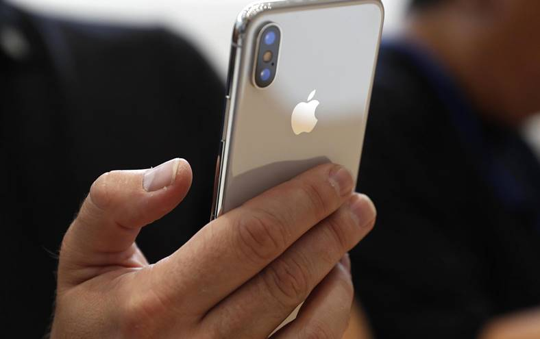 iPhone X NU Veche Functie iPhone