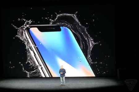 iPhone X rezistenta praf si apa