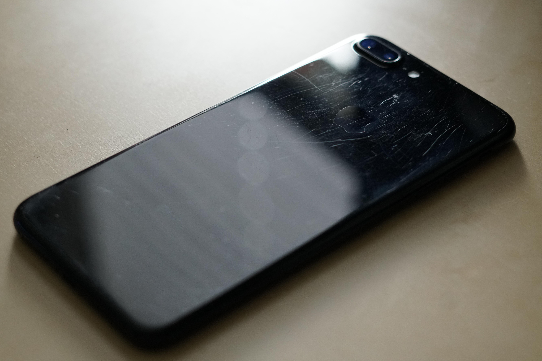 Apple vanzare iPhone 7