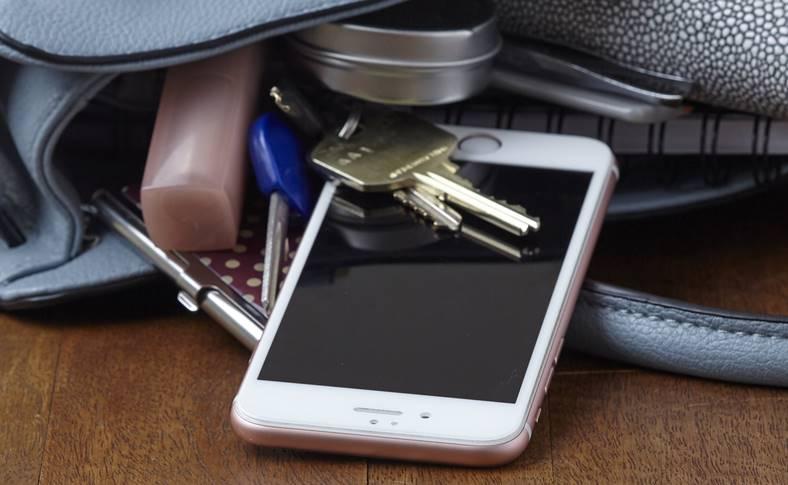 eMAG Reduceri Folii iPhone 8