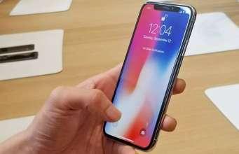 iPhone X cifre stocuri