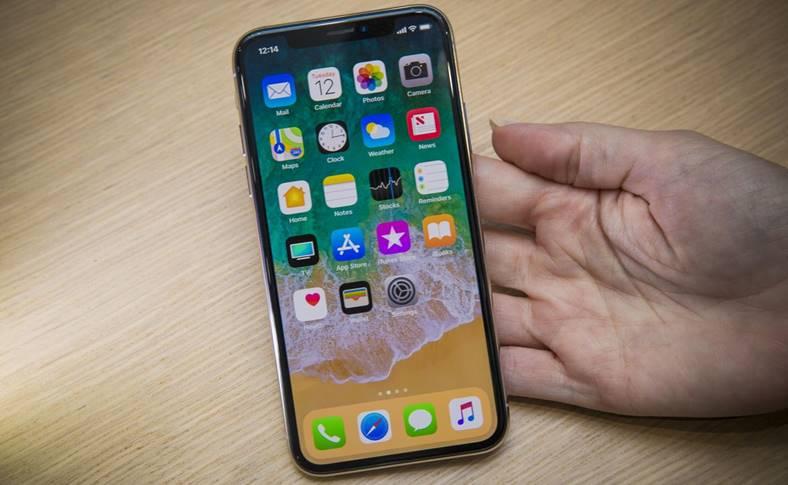 iPhone X entuziasm lansare