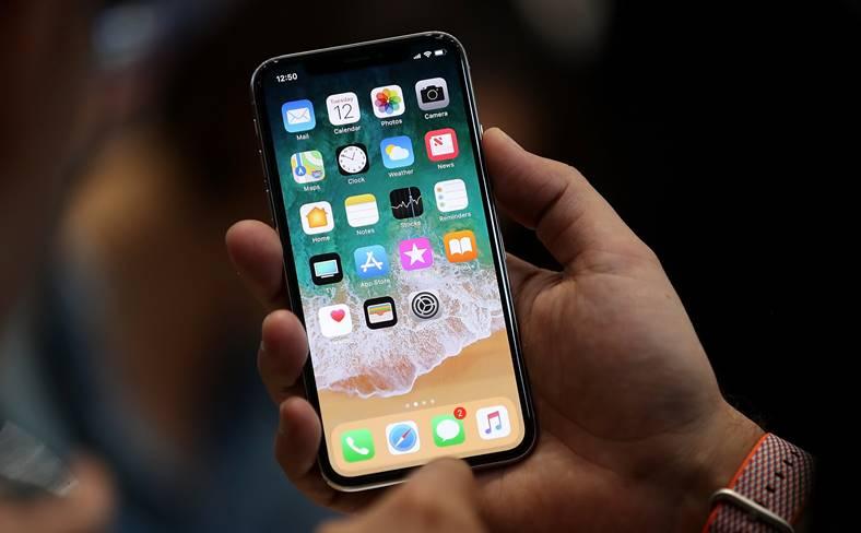 iPhone X foxconn productia apple