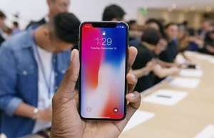 iPhone X proces Apple