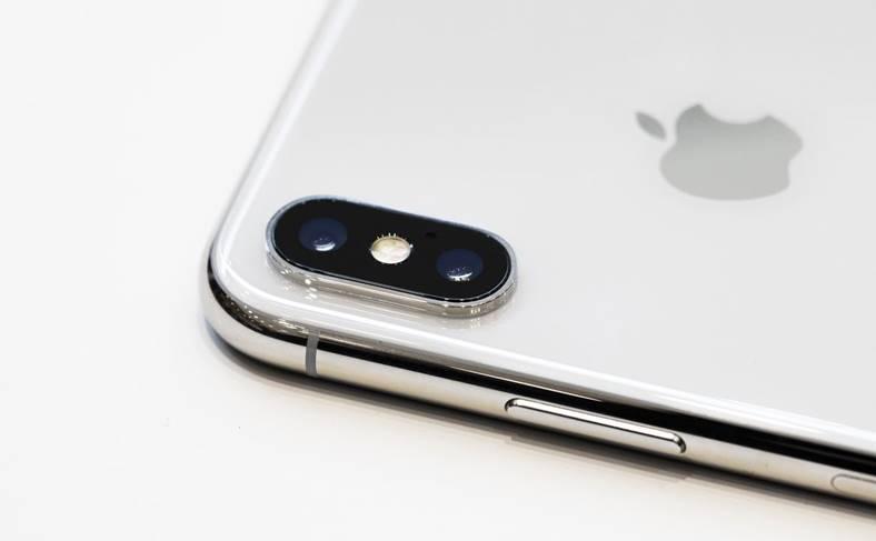 iPhone X productia
