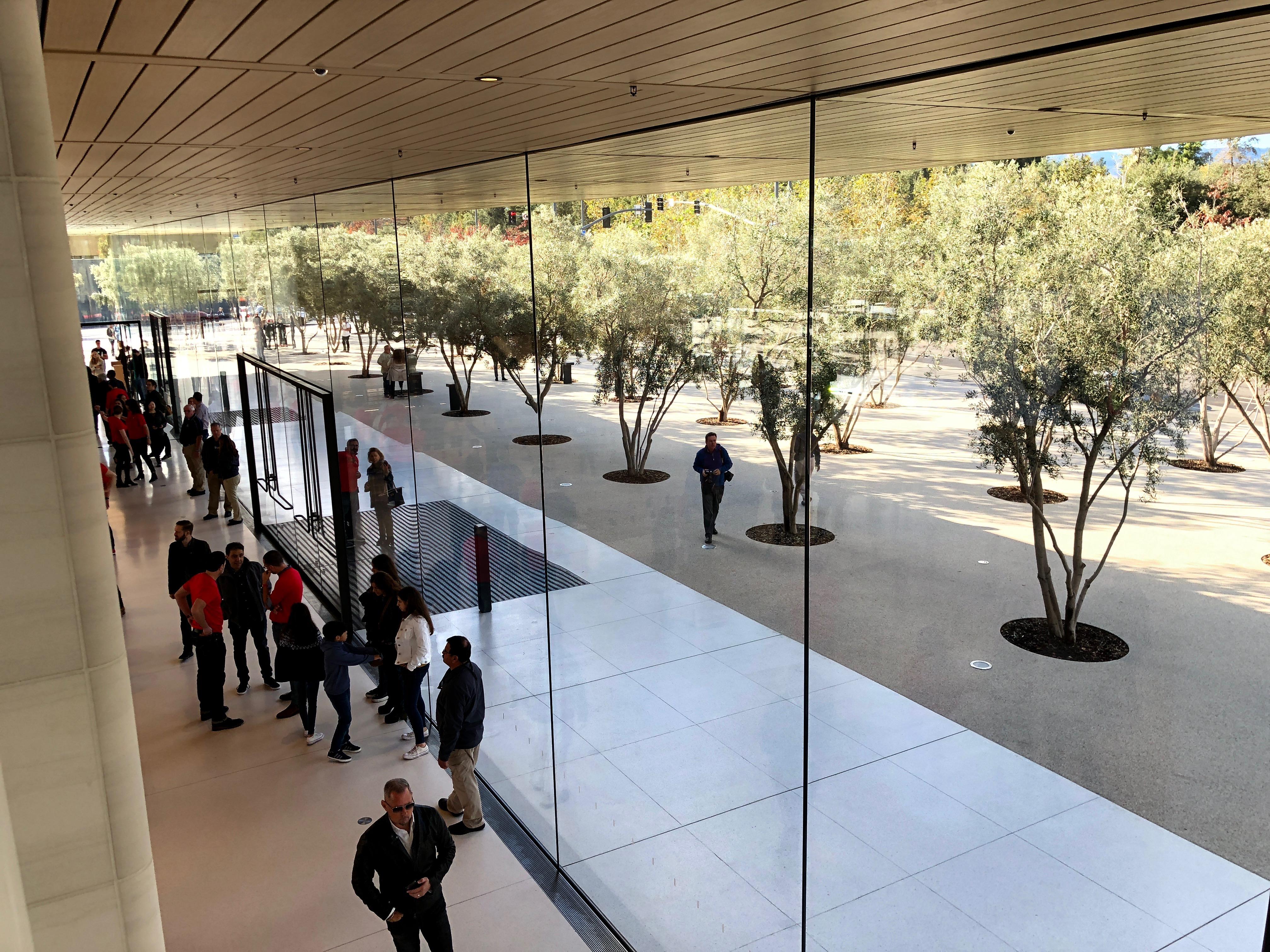 Apple Park deschidere oficiala 2