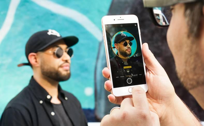 iPhone 7 PLus portrait lighting