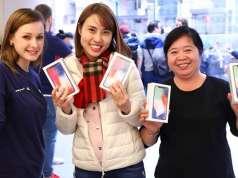 iPhone X Clientii Fericiti