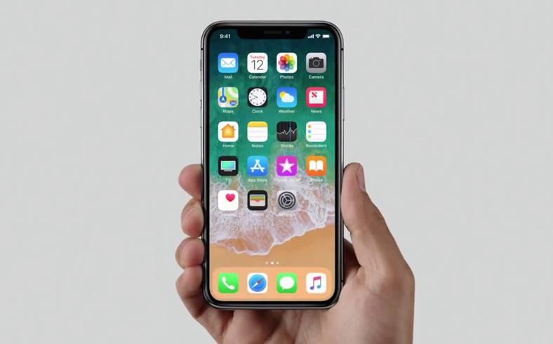 iPhone X Face ID raza scanare