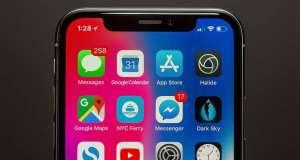 iPhone X aplicatie ochelari