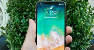 iphone x face id lumina infrarosie