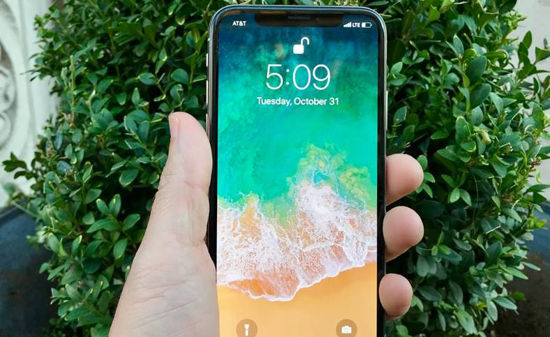 iphone x face id lumina infrarosie