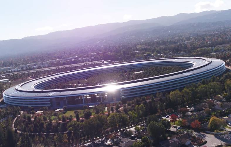 Apple Park nefinalizat decembrie