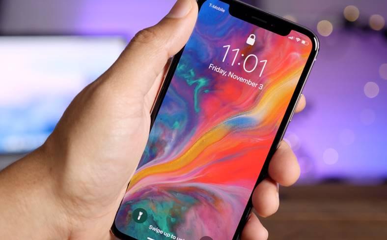 iPhone X dorit fani apple