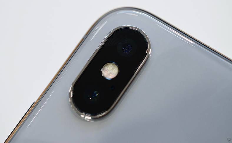 iPhone X vanzari iPhone 7