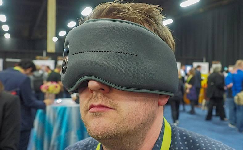 CES 2018 masca dormit inteligenta