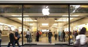 apple store evacuat baterie iphone foc
