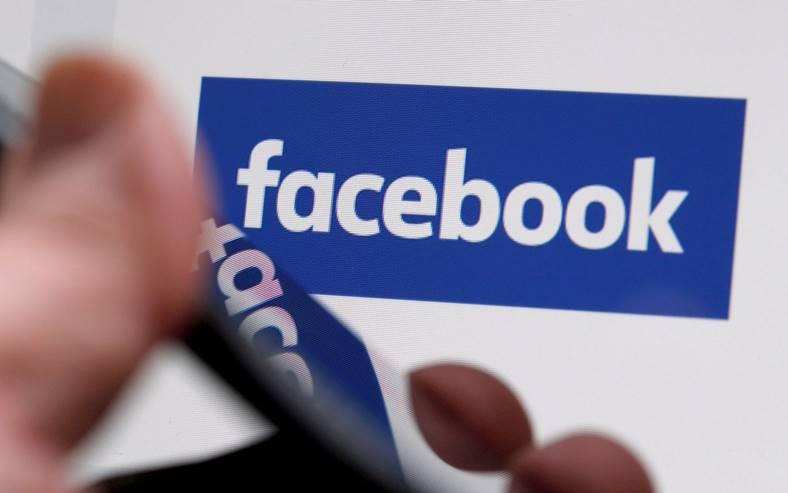 facebook boxa inteligenta video chat