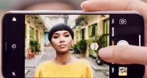 iPhone X reclama Portrait Lighting