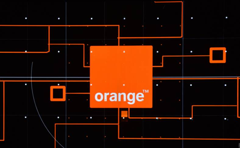 Orange. 9 februarie. Weekend Reduceri Valentines Day