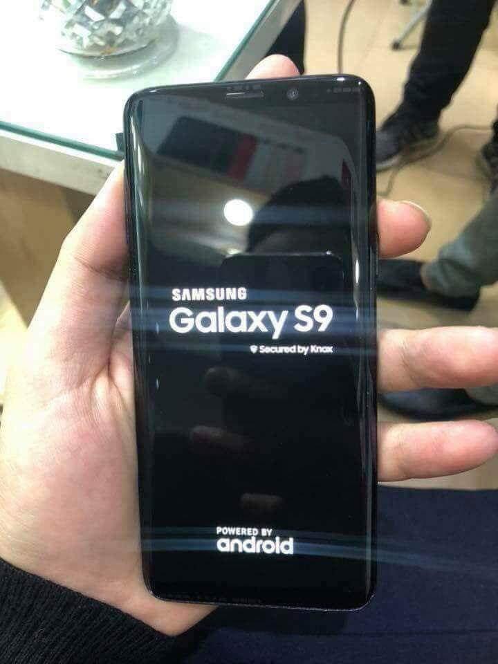Samsung Galaxy S9 pornit imagini feat