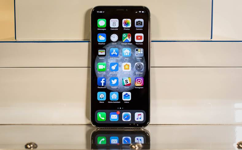iPhone X Samsung Partenerii Apple Oprire Productie