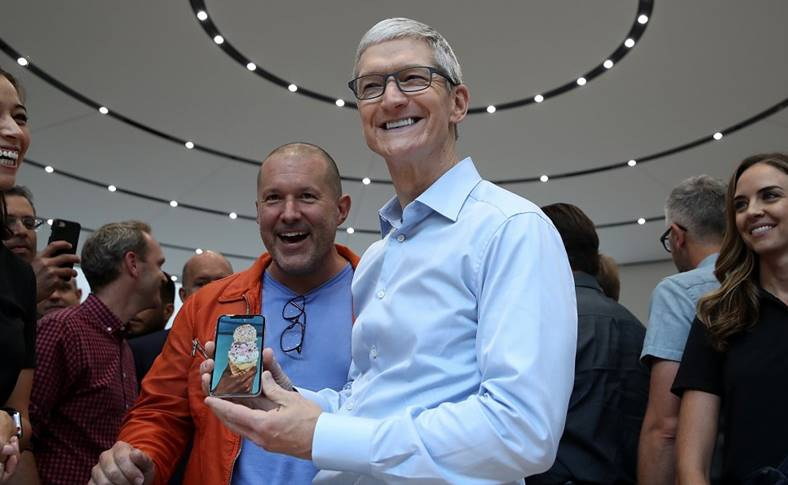 tim cook secrete proiecte apple