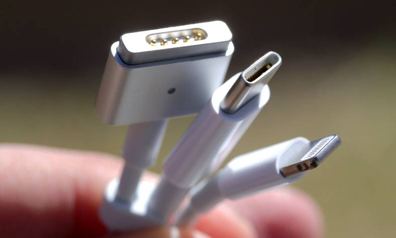 Apple Accesorii USB-C iPhone