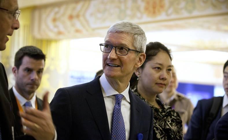 Apple scandal Delete Facebook Cambridge Analytica