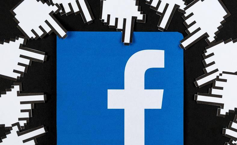 Facebook EXPLOATAT Intentionat STIA altii fac