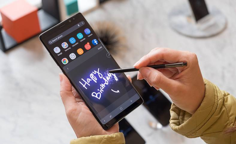 Samsung Galaxy Note 8 Android 8 Oreo Stupiditate