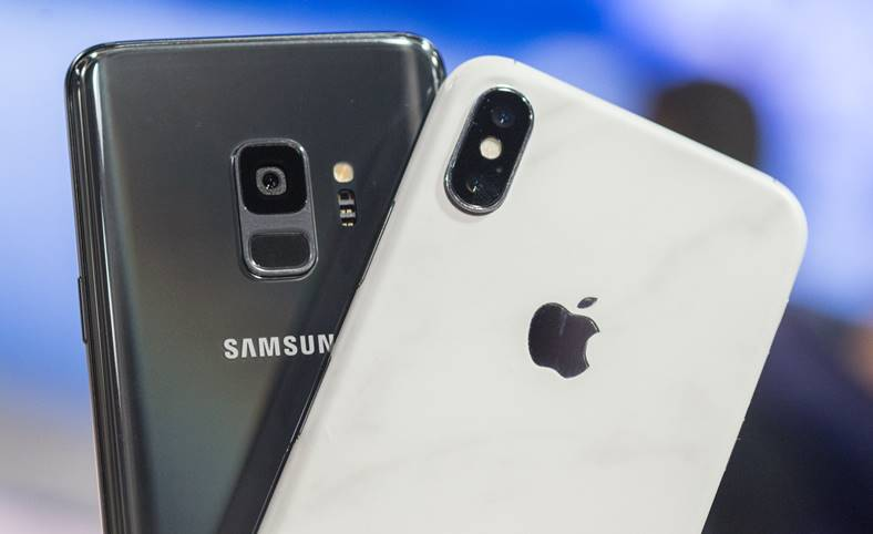 Samsung Galaxy S9 iPhone X Drop Test