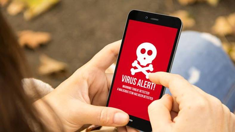 Smartphone Malware Bancar Real Pericol