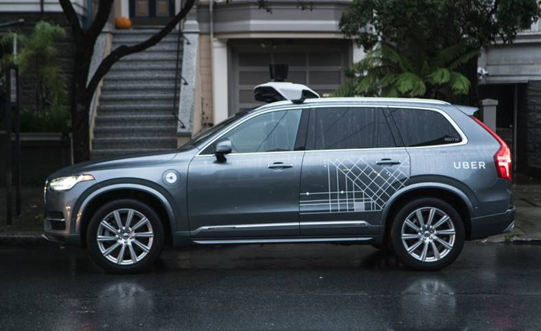 UBER renuntat senzori masini autonome