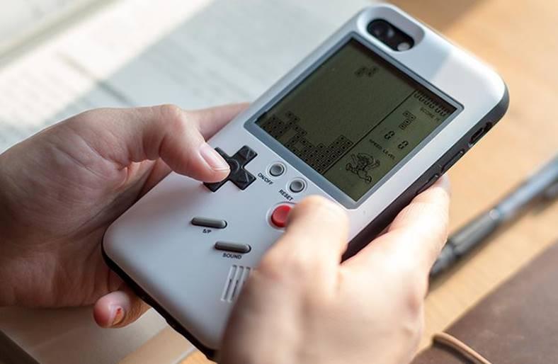 carcasa Game Boy iphone