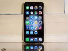 iPhone X IMAGINI Model Primavara