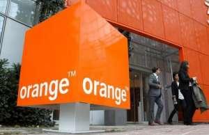 Orange. 10 aprilie. Oferte Telefoane Mobile Paste
