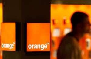 Orange. 21 aprilie. Weekend Promotii Primavara Telefoane