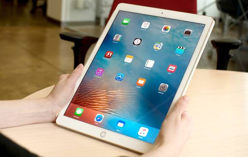 eMAG iPad Reduceri 1000 LEI Stock Busters