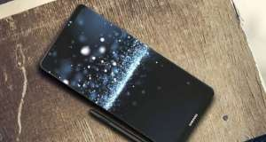 Samsung Galaxy Note 9 SURPRIZA NU Astepta