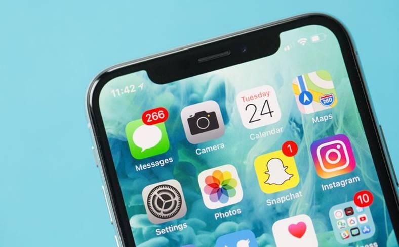 iPhone 9 Ecran Dezvoltat LG